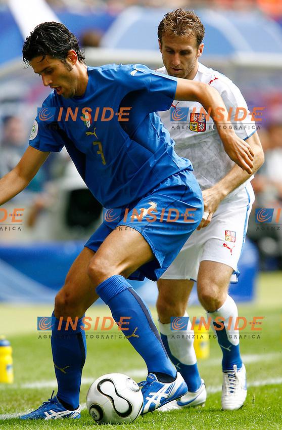 HAmburg 22/6/2006 World Cup 2006.Repubblica Ceca Italia 0-2 0-2.Photo Andrea Staccioli Insidefoto.Fabio Grosso Italy Karel Poborsky Czech Republic