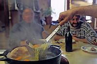 Europe/France/Auvergne/15/Cantal/Vallée de Mandailles: La soupe aux choux du Puy Mary