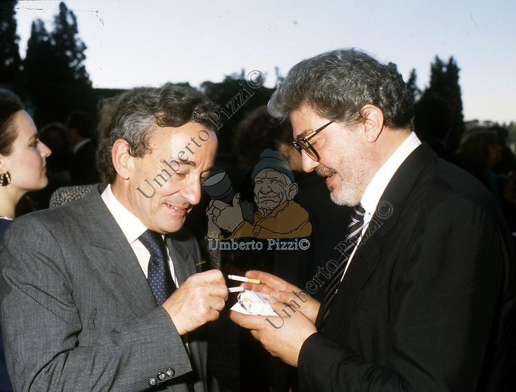 LOUIS MALLE CON ETTORE SCOLA<br /> CERIMONIA DAVID DI DONATELLO A CINECITTA  -  ROMA