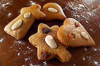 Traditional spicy Christmas biscuits - Hungarian