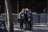 MAMAN DE VALENTIN UNE DES VICTIMES DU BATACLAN - ATTENTATS DE PARIS - RECONSTITUTION AU BATACLAN