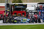 2017 Monster Energy NASCAR Cup Series - Fold of Honor QuikTrip 500<br /> Atlanta Motor Speedway, Hampton, GA USA<br /> Sunday 5 March 2017<br /> Erik Jones, SiriusXM Toyota Camry pit stop<br /> World Copyright: Barry Cantrell/LAT Images<br /> ref: Digital Image 17ATLbc4776
