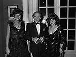 ELSA MARTINELLI PIERRE CARDINE E GINA LOLLOBRIGIDA - PREMIO THE BEST PETIT PALACE  PARIGI 1980