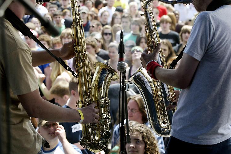 AWFUL WAFFLE .BAMBOOZLE 2006.PHOTO: MARK R. SULLIVAN/MARKRSULLIVAN.COM © 2006