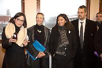 ORLY , VAL DE MARNE , LE 25 / 01 / 2017<br /> ANNE HIDALGO , MAIRE DE PARIS , DEVOILE LE PLAN DE MODERNISATION DE L USINE PARISIENNE DE PRODUCTION D EAU POTABLE .<br /> L USINE TRAITE L EAU QUI EST PRELEVEE DANS LA SEINE<br /> DE GAUCHE A DROITE , CELIA BLAUEL , PRESIDENTE DE EAU DE PARIS.<br /> CHRISTINE JANODET , MAIRE D ORLY<br /> ANNE HIDALGO<br /> BENJAMIN GESTIN , DIRECTEUR GENERAL EAU DE PARIS