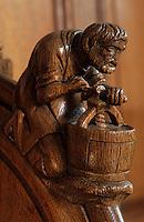 Europe/France/Champagne-Ardenne/51/Marne/Parc Naturel Régional de la Montagne de Reims/Rilly-la-Montagne: Les stalles de l'église représentant des scènes vigneronnes - XVIème - le pressoir