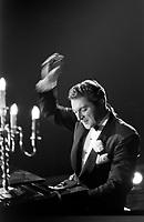 Liberace in concert, Milwaukee, 1953. Photographer John G. Zimmerman