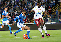 BOGOTA -COLOMBIA, 22-02-2017. Jacobo Kouffaty  (L) player of Millonarios  fights for the ball with Sergio Mosquera (R) player of Tolima during match for the date 5 of the Aguila League I 2017 played at Nemesio Camacho El Campin stadium . Photo:VizzorImage / Felipe Caicedo  / Staff