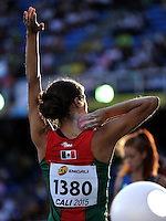 CALI - COLOMBIA - 17-07-2015: Jaquelynne Rodriguez de Mexico, durante la prueba de Lanzamiento de bala del Heptatlon en el estadio Pascual Guerrero sede, sede de IAAF Campeonatos Mundiales de la Juventud Cali 2015.  / Jaquelynne Rodriguez of Mexico, during the test of Shot Put of th Heptathlon in the Pascual Guerrero home of the IAAF World Youth Championships Cali 2015. Photos: VizzorImage / Luis Ramirez / Staff.