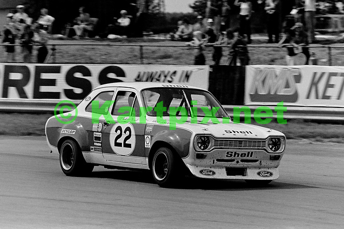 Gill Fortescue-Thomas in the Saloon race supporting the 1973 John Player British Grand Prix.