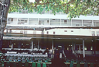 Honolulu: Moana Hotel, Terrace at Beach (Banyon Court). O.G. Traphagen, 1901. Photo '82.