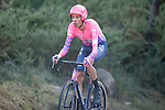 Hugh John Carthy (ENG) EF Pro Cycling climbs during Stage 13 of the Vuelta Espana 2020 an individual time trial running 33.7km from Muros to Mirador de Ézaro. Dumbría, Spain. 3rd November 2020. <br /> Picture: Luis Angel Gomez/PhotoSportGomez | Cyclefile<br /> <br /> All photos usage must carry mandatory copyright credit (© Cyclefile | Luis Angel Gomez/PhotoSportGomez)