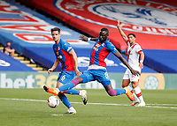 12th September 2020; Selhurst Park, London, England; English Premier League Football, Crystal Palace versus Southampton; Cheikhou Kouyate of Crystal Palace stretching to shoot the ball from a Crystal Palace free kick