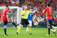 Spain's Daniel Carvajal (l) and Sergio Busquets (r) and the Nederland's referee Bjorn Kuipers during FIFA World Cup 2018 Qualifying Round match. September 2,2017.(ALTERPHOTOS/Acero)