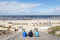 Nederland Egmond. Strandopgang  in Egmond aan Zee