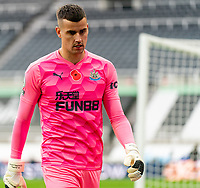 1st November 2020; St James Park, Newcastle, Tyne and Wear, England; English Premier League Football, Newcastle United versus Everton; Karl Darlow of Newcastle United wearing a poppy badge on his shirt