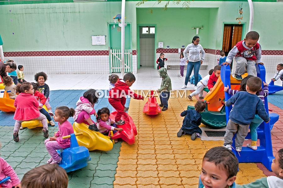 Creche Centro de Educação Infantil Professor Paulo Cesar dos Santos Mortari em Sao Jose dos Campos. Sao Paulo. 2015. Foto de Sergio Amaral.