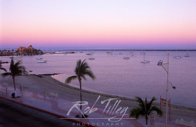 Mexico, Baja California Sur, La Paz, Malecon at Dawn