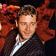 Russell Crowe at Cinderella Man premiere<br /> party