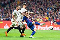 Sevilla FC Clement Lenglet and FC Barcelona Phillippe Coutinho during King's Cup Finals match between Sevilla FC and FC Barcelona at Wanda Metropolitano in Madrid, Spain. April 21, 2018.  *** Local Caption *** © pixathlon<br /> Contact: +49-40-22 63 02 60 , info@pixathlon.de