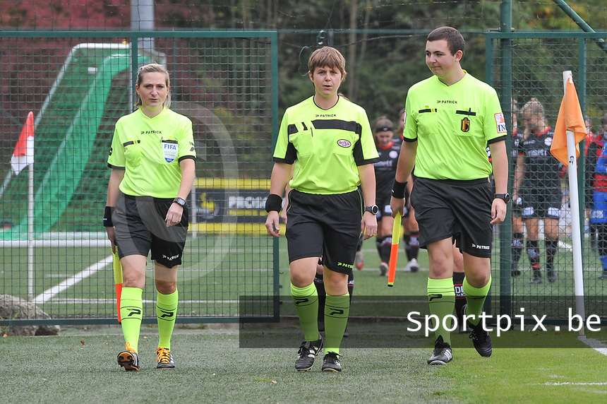 assistant referee Maria Etienne , referee Sylvie Deckers , assistant referee Romain Delree pictured before a female soccer game between Standard Femina de Liege and Dames SV Zulte Waregem on the fifth matchday of the 2020 - 2021 season of Belgian Scooore Womens Super League , saturday 17 th of October 2020  in Angleur , Belgium . PHOTO SPORTPIX.BE | SPP | STIJN AUDOOREN