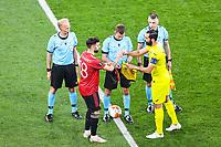 26th May 2021; STADION GDANSK  GDANSK, POLAND; UEFA EUROPA LEAGUE FINAL, Villarreal CF versus Manchester United:  BRUNO FERNANDES, exchanges mementwith RAUL ALBIOL