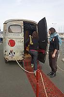 Festival des Petits Riens.camionnette Peugeot - 1962