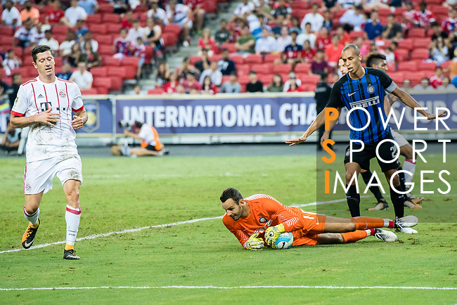 FC Internazionale Goalkeeper Samir Handanovic (C) in action during the International Champions Cup match between FC Bayern and FC Internazionale at National Stadium on July 27, 2017 in Singapore. Photo by Marcio Rodrigo Machado / Power Sport Images