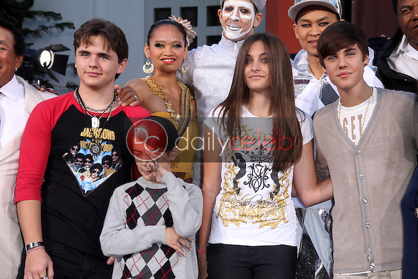 Prince Jackson, Blanket Jackson, Paris Jackson, Justin Bieber<br />