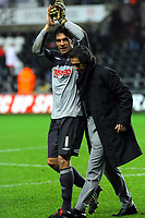 ATTENTION SPORTS PICTURE DESK<br /> Pictured: Dorus de Vries of Swansea City and Paulo Sousa Manager of Swansea City<br /> Re: Coca Cola Championship, Swansea City Football Club v Plymouth Argyle at the Liberty Stadium, Swansea, south Wales. Tuesday 08 December 2009