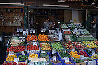Europe/Autriche/Niederösterreich/Vienne: Etal de fruits et légumes au Naschmarkt