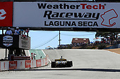 #26: Colton Herta, Andretti Autosport w/ Curb-Agajanian Honda takes the checkered flag