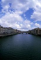 Bridge over Arno River, Florence, Italy<br />