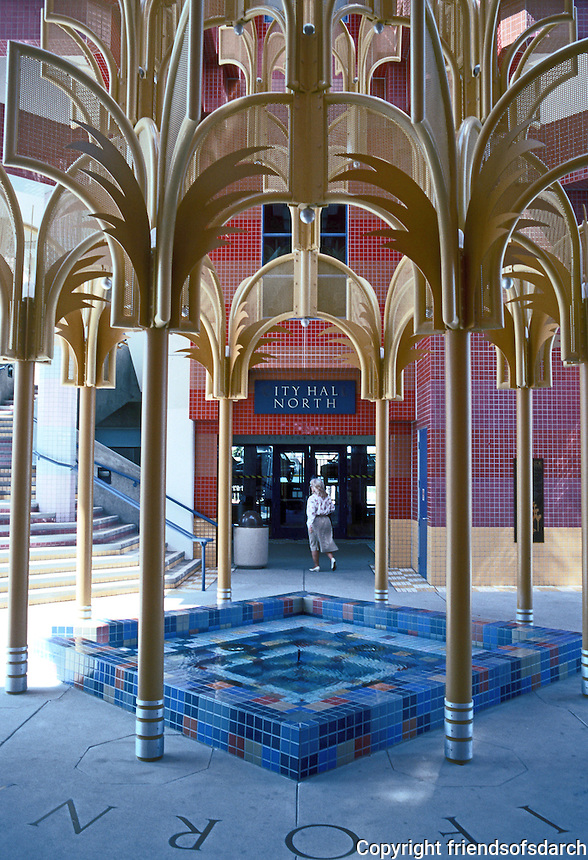 Charles Moore: Oceanside City Hall. (Photo '91)