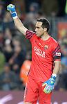 FC Barcelona's Claudio Bravo celebrates goal during La Liga match. April 2,2016. (ALTERPHOTOS/Acero)
