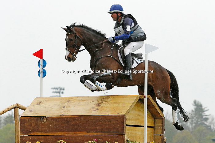 April 24, 2021: #60 Mama's Magic Way and rider Will Faudree in the Cross Country test at the Land Rover Three Day Event at the Kentucky Horse Park in Lexington, KY on April 24, 2021.  Candice Chavez/ESW/CSM