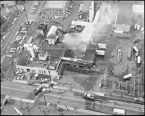 """Liquid Air. Plant fire aerials. November 5, 1974"""" 3200 NW Yeon."""