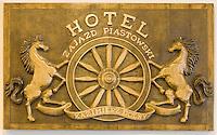 Europe/Pologne/Kazimierz Dolny: Panneau enseigne de l'Hotel Zajazd Piatskowsli