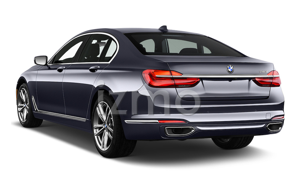 Car pictures of rear three quarter view of 2017 BMW 7 Series 740i 4 Door Sedan Angular Rear