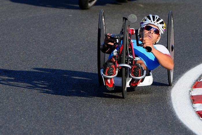 Mark Beggs, London 2012 - Para Cycling // Paracyclisme.<br /> Mark Beggs competes in the Mixed H1-4 Team Relay Road Race // Mark Beggs participe à la course sur route de relais par équipes mixtes H1-4. 09/08/2012.