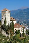 Italien, Suedtirol, Schloss Lebenberg, erbaut im 13. Jahrhundert, oberhalb von Tscherms zwischen Meran und Bozen | Italy, South Tyrol, Alto Adige, Castel Monteleone above Tscherms between Merano and Bolzano