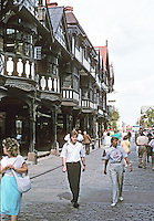 Chester: Looking North on Northgate. The Tudor facades are 20th century, about 1910.