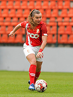 Standard's Davinia Vanmechelen (25) with the ball during a female soccer game between Standard Femina de Liege and KRC Genk Ladies  on the third matchday of the 2020 - 2021 season of Belgian Womens Super League , Saturday 3 rd of October 2020  in Liege , Belgium . PHOTO SPORTPIX.BE   SPP   SEVIL OKTEM