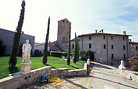 Il Castello Malaspina a Varzi, paese in provincia di Pavia. Il giardino --- Malaspina Castle at the village of Varzi (Pavia). The garden