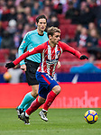 Antoine Griezmann of Atletico de Madrid in action during the La Liga 2017-18 match between Atletico de Madrid and Getafe CF at Wanda Metropolitano on January 06 2018 in Madrid, Spain. Photo by Diego Gonzalez / Power Sport Images