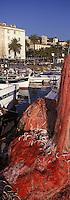 Europe/France/Corse/2A/Corse-du-Sud/Ajaccio: Filets de pêche sur le port de pêche