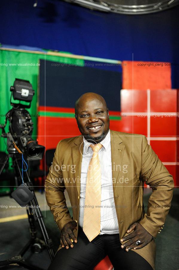 """BURKINA FASO Ouagadougou, TV Moderator Ben Ahmed Ouedraogo """"Big Ben"""" vfrom channel RTB Télévision nationale du Burkina, makes the talk show """"Ca se passe à la télé"""" and Good Sunday"""