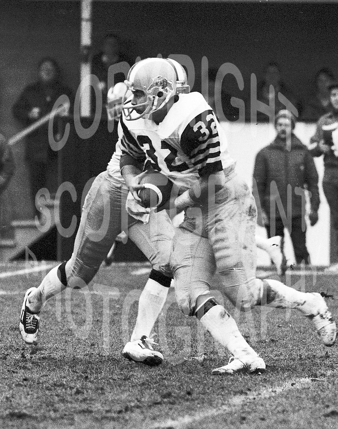 Neil Lumsden HamiltonTiger Cats running back 1979. Copyright photograph Scott Grant