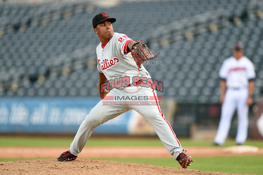 Scottsdale Scorpions pitcher Nefi Ogando (25) during an Arizona Fall League game against the Peoria Javelinas on October 18, 2014 at Surprise Stadium in Surprise, Arizona.  Peoria defeated Scottsdale 4-3.  (Mike Janes/Four Seam Images)