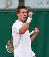 27-05-13, Tennis, France, Paris, Roland Garros, Igor Sijsling     wins first round in straight sets